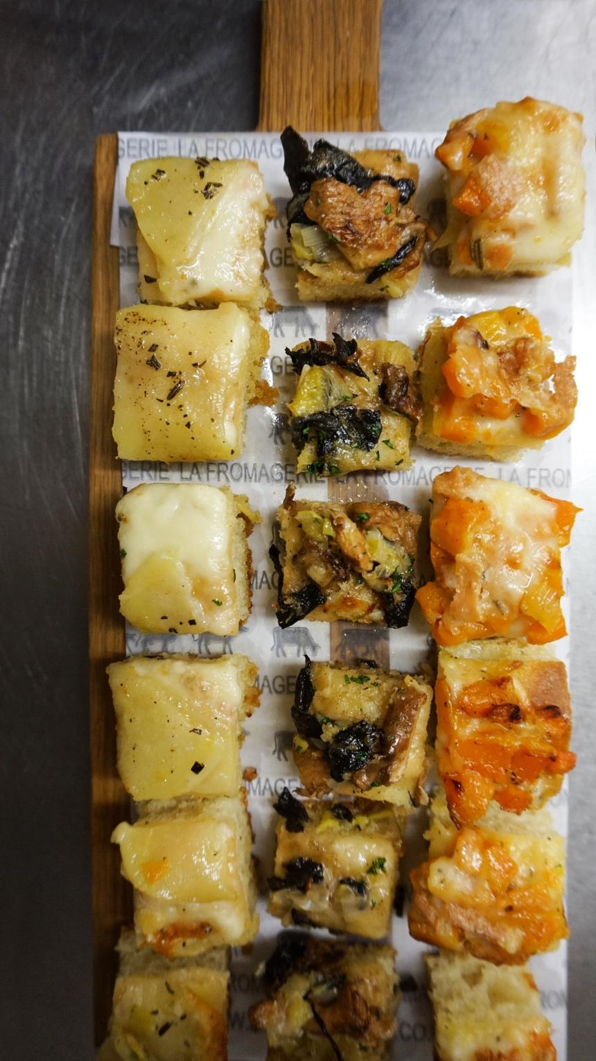 canapes pizette